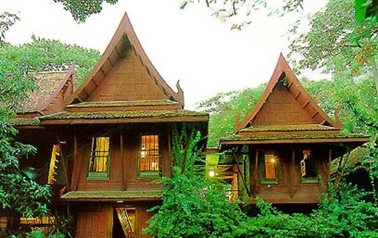 Jim thompson house in bangkok thailand for Thai classic house